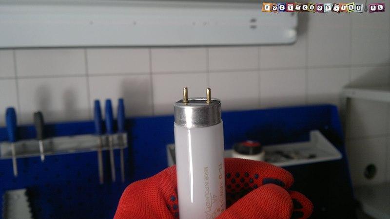 Люминесцентная лампа T8, цоколь g13