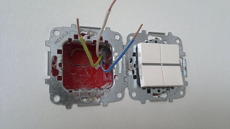 Подключение проводов к двухклавишному выключателю